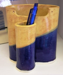 Blue-and-Gold-Pen-and-Note-Holder-252x300